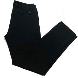 32 / 32 / Vuori Slim Pants
